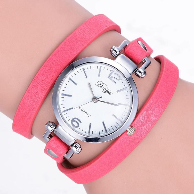 d7d5b6aadb7c Compre Pulsera De Mujer Para Mujer Relojes Cuarzo Diamante Círculo Banda De Cuero  Vestido De Reloj Mesa De Estudiante Reloj Femenino A  35.69 Del Htiancai ...