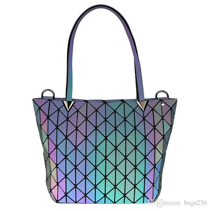 New Women Luminous sac Hand Bag Clutch Diamond Tote Geometry Quilted Shoulder Bags Saser Plain Folding Handbags bolso 36*13*25cm