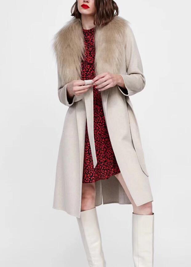 0ff78e5dab Mulher Moda Areia Longo Lã REVESTIMENTO COM FALSO Destacável COLAR de  CORRIDA de Manga longa da cintura cinto back vent 2018 Trench Coats De Luxo