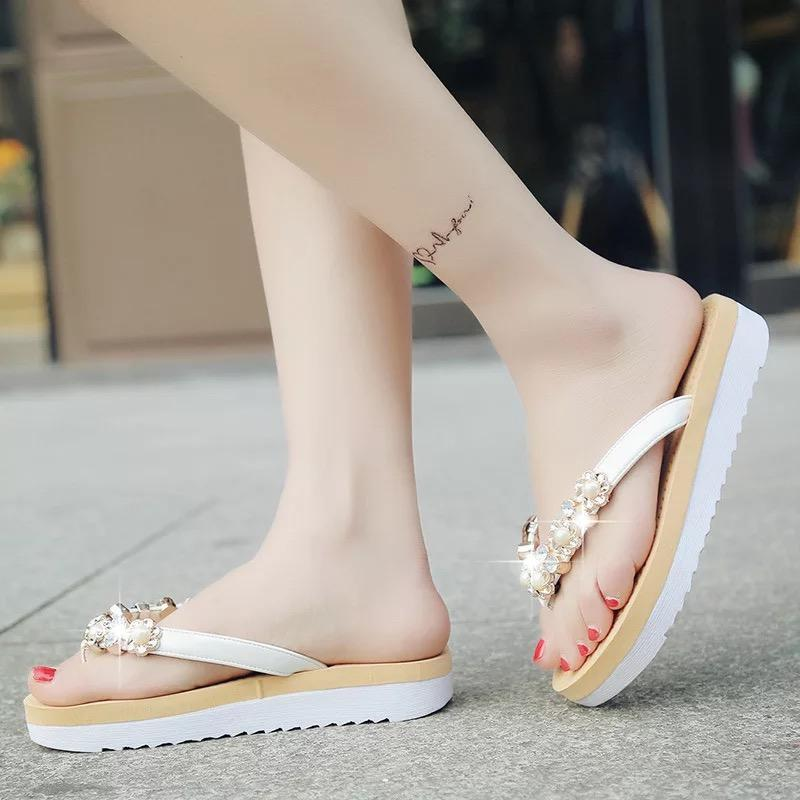 2432b7b8f4331 2018 Hot Sale Women Slippers Summer Beach Flip Flops Sandals Women Pearl  Fashion Slides Slippers Home Female Ladies Flats Shoes Womens Ankle Boots  Ladies ...