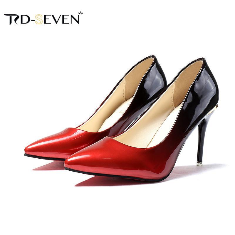96f231625d5341 Acheter Designer Chaussures De Chaussures 2019 Nouveau Sexy Plateforme À  Talons Hauts En Cuir Verni Femmes Pompes Élégant Lady Robe Rouge Noir  Gradient ...