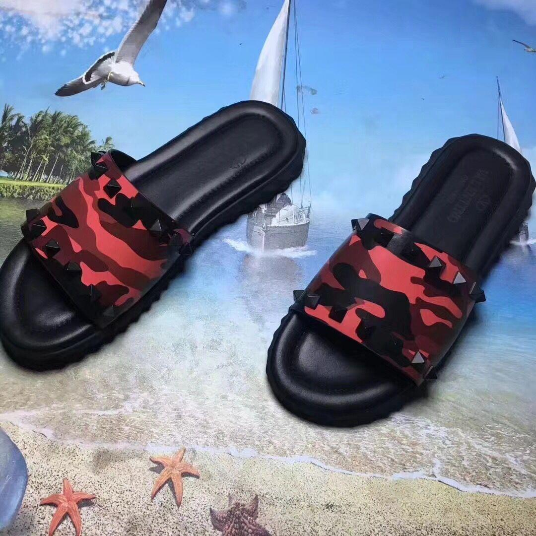 2019 new fashion men's camouflage designer sandals zh06 sports beach shoes, casual shoes flip-flops free shipping 38-46 24.