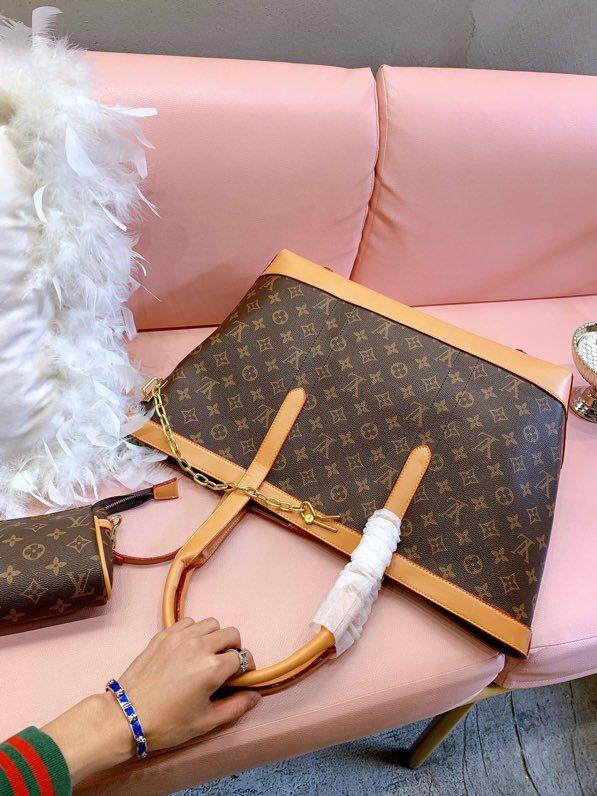 2 piece set female handbag Messenger bag letter bag free shipping 2019 latest ladies handbag high quality leather shoulder bag