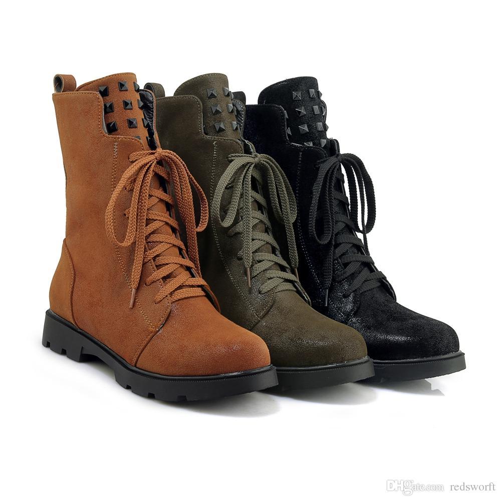 Compre Nuevo Diseño Invierno Mujer Botas Calientes Zapatos Nueva Moda 7  Ojos Cordones Cremallera Lateral Martin Botas Goma Antideslizante  Antidesgaste ... a00ce0b0c44f