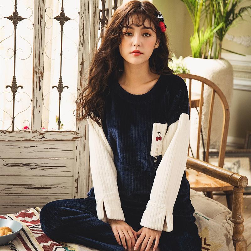 2019 BZEL Winter Flannel Sleepwear Long Sleeve Pajamas Sets Caroset Sleep  Lounge Warm Pijama Two Piece Set Pyjamas Women Underwear From Yujinnice 4e2dfee47