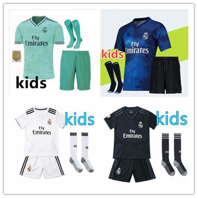 d0065802b2 Acheter 2018 2019 Sweat De Football KIDS Real Madrid MODRIC MARIANO  VINICIUS JR Maillot De Football 18 19ASENSIO BALE RAMOS Maillot ISCO De  $19.21 Du ...