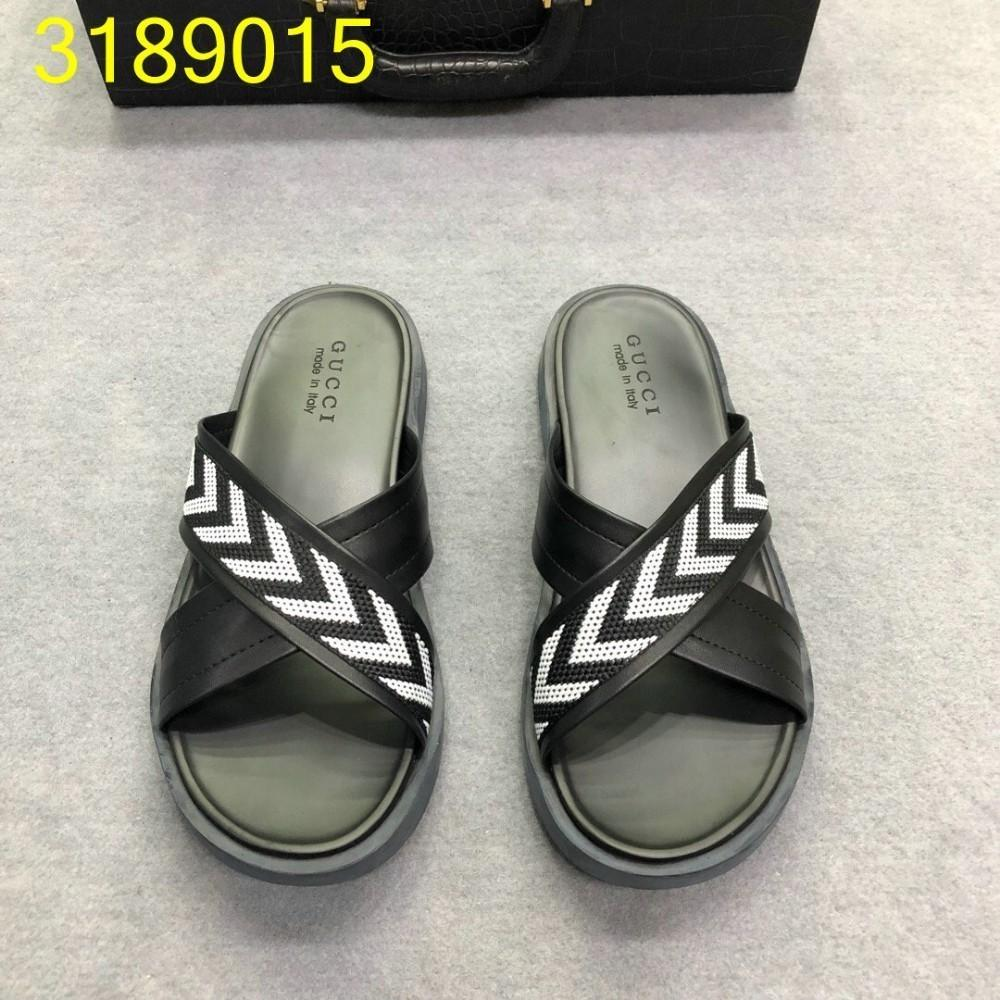 6efbe0ecf 2019 Summer Men S Slippers Fashion Flip Flops Exquisite And Original Design  Sandals Comfortable And Brand Quality Mens Boots Winter Boots From  Leeversace