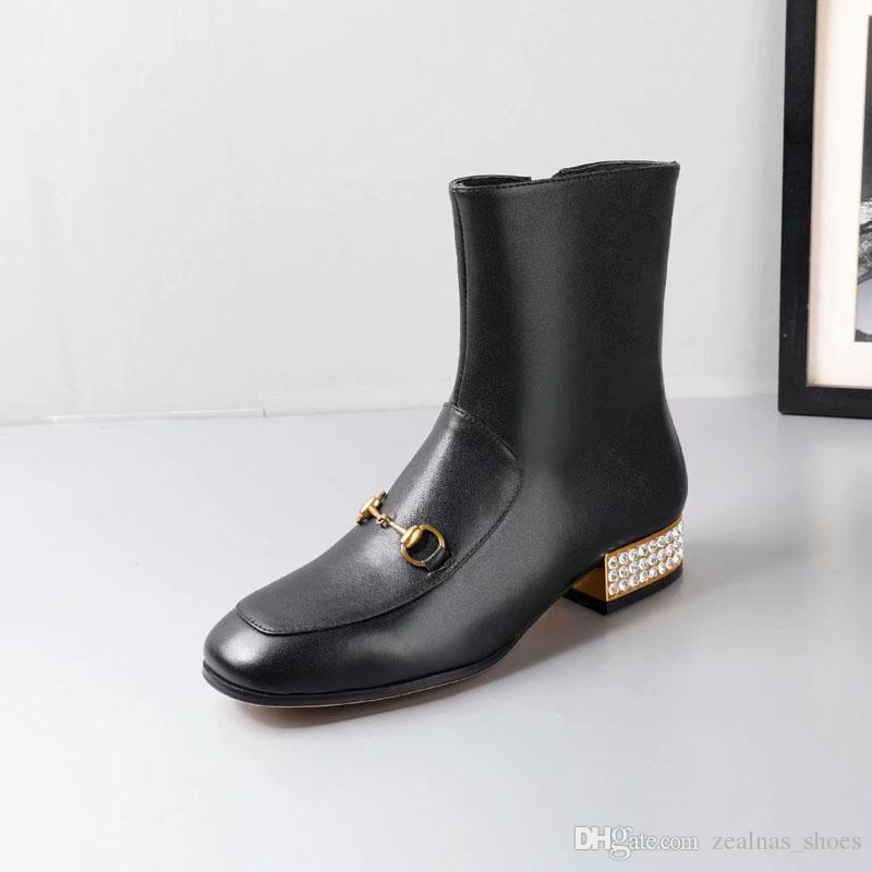 c6221aa83 Compre 2018 Marca De Cuero Genuino Para Mujer Botas Planas Botines De Cuero  De Vaca De Diseño Suave Zapatos De Mujer Zip Frontal Botines Otoño Invierno  ...