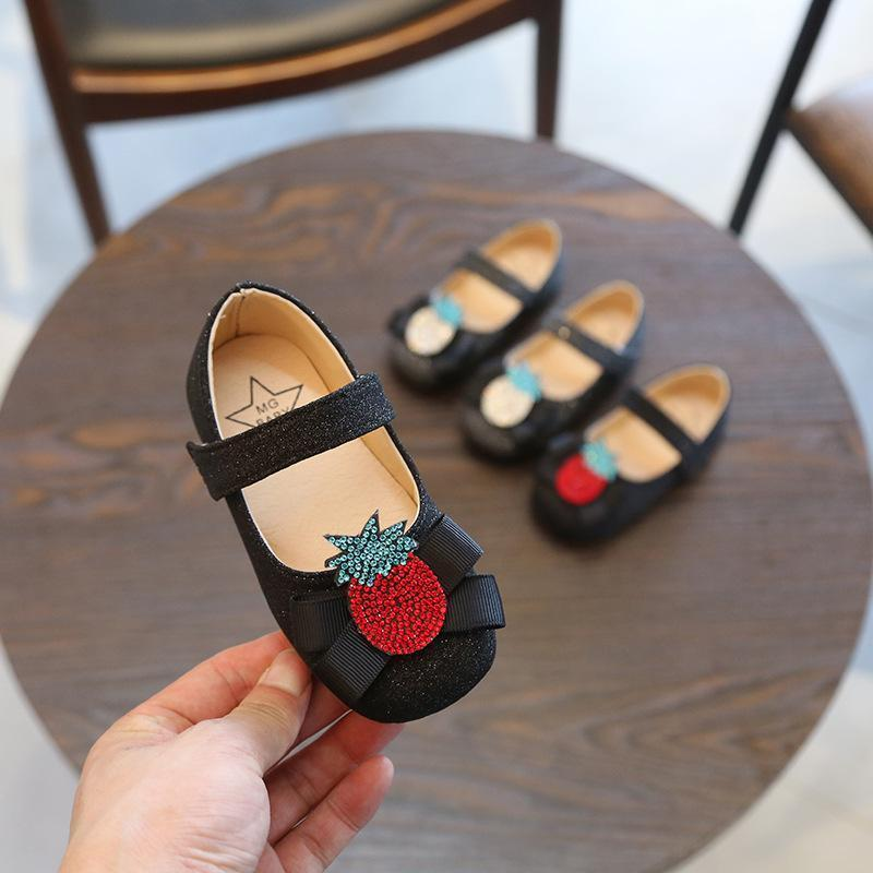 2018 Autumn New Pattern Girl Princess Rhinestone Soft Bottom Square Mouth  Single Shoe Children Casual Small Leather Shoes Tide 21 30 Code Dress Shoes  For ... 63f471a00ba3