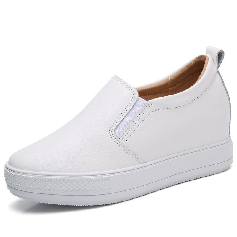 eadca2f99 Compre Moda Outono Nova Estudantes Do Sexo Feminino Selvagens Aumentam  Sapatos Femininos De Sola Grossa Sapatos Brancos Casuais Femininos Versão  Coreana De ...