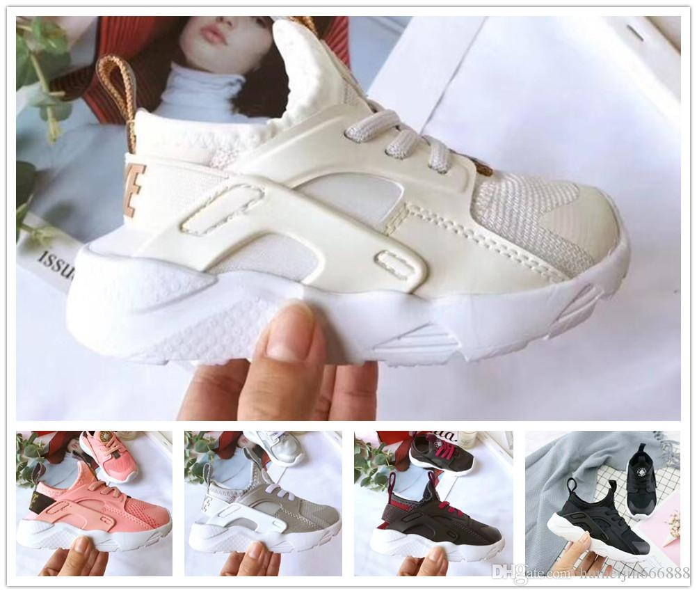715feba112 2019 Kids Air Huarache Sneakers Shoes For Boys Grils Authentic All White Children's  Trainers Huaraches Sport Running Shoes Size 22-35