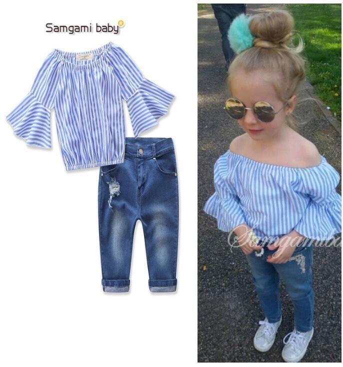 f6df2ae00 Juegos de ropa para niña 2019 Nuevo estilo de moda de verano para niños  Ropa Rayas manga de loto Tops Jeans 2pcs Ocio Sui