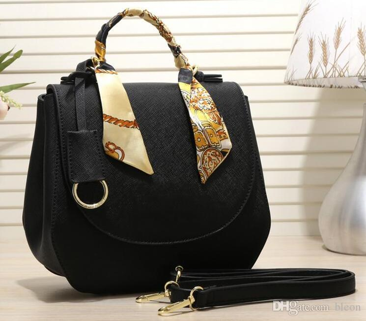 5d39f0b506b5 New 1628 Brand Fashion Luxury Designer Bags Cross Pattern Saddle Bag Casual  Wild Shoulder Bag Shoulder Bag Handbags For Sale Fashion Handbags From  Bleon