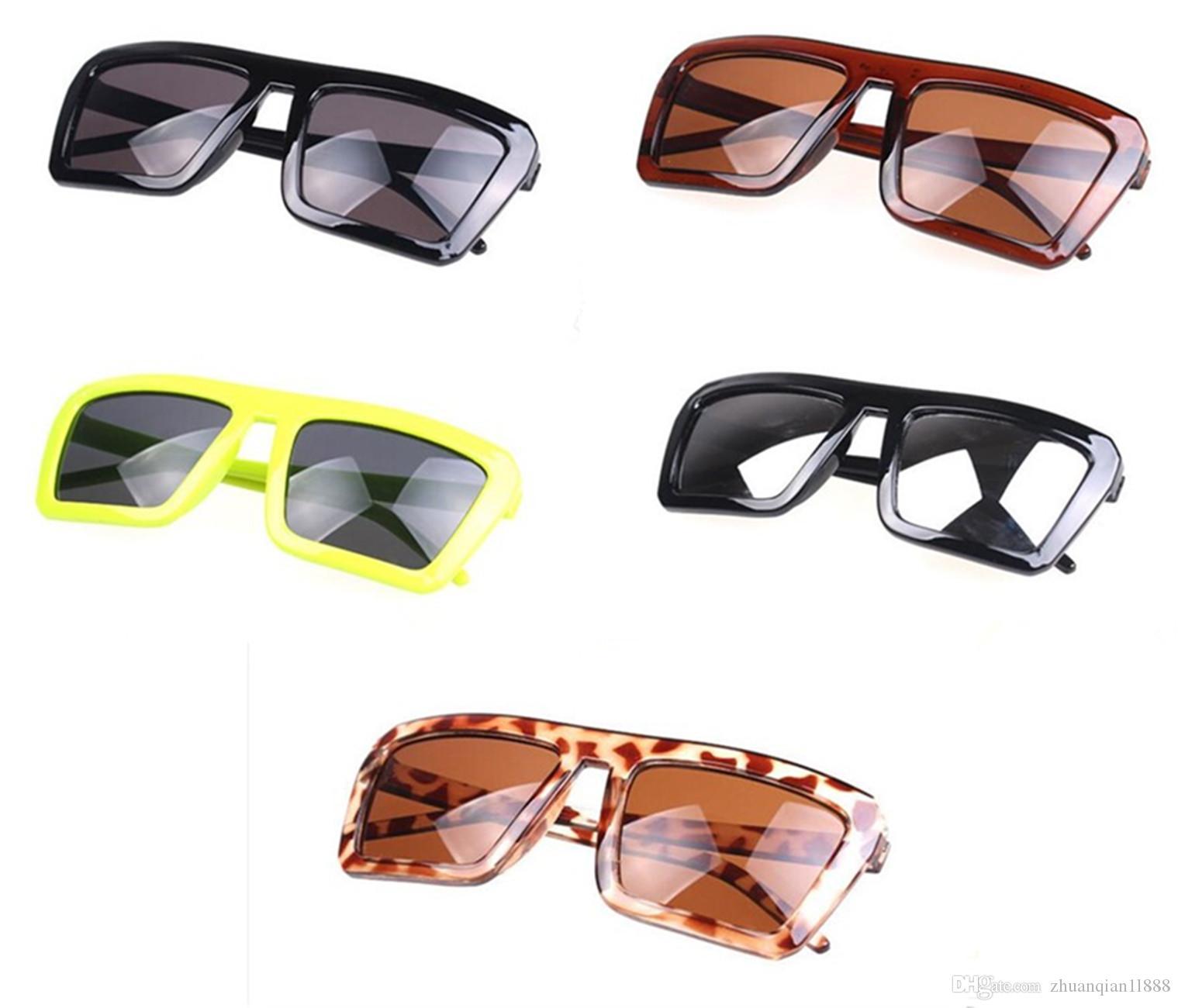 aa2937567f Compre 5 Pares Nuevas Gafas De Sol Cuadradas Retro Hombres Y Mujeres Gafas  De Sol Cuadradas Anti UV400 A $2.75 Del Zhuanqian1l888   DHgate.Com