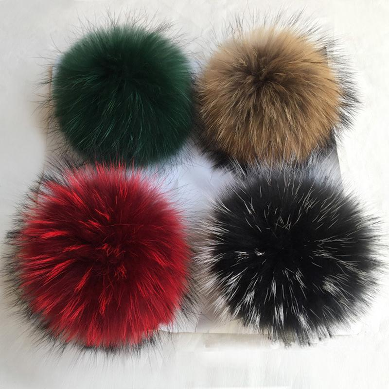 100% Natural Raccoon Fur Pompons DIY real Fur PomPom Bola Big Fluffy Ponpon para Cap Hat Skullies malha Gorros Sapatos