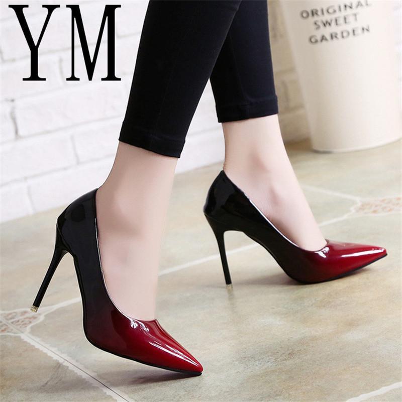 6bcf7154cdb27 Compre Zapatos De Vestir De Diseñador 2019 Sombra Mujeres Punta Estrecha  Bombas Vestido De Cuero De Patente Rojo Vino 10 CM Tacones Altos Barco Boda  Zapatos ...