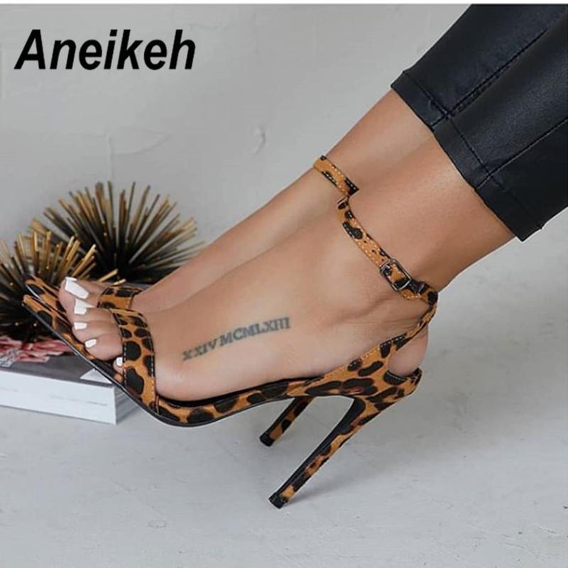 f20a9956 Compre Vestido Aneikeh 2019 Nueva Primavera Estampado De Leopardo Zapatos  De Mujer Poco Profunda Moda Tacones Altos Mujer Sandalias Hebilla Correa  Vestido ...
