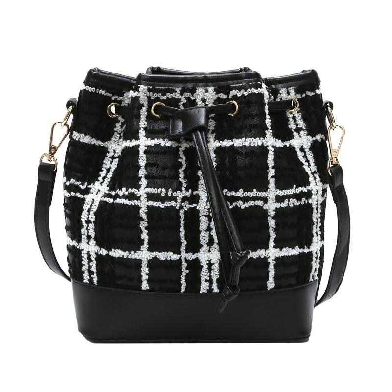 02ec3619f0 Bucket Crossbody Bags For Women 2018 Large Capacity PU Leather Female Shoulder  Bag Small Fashion Plaid Ladies Handbags Purses Wholesale Mens Leather Bags  ...