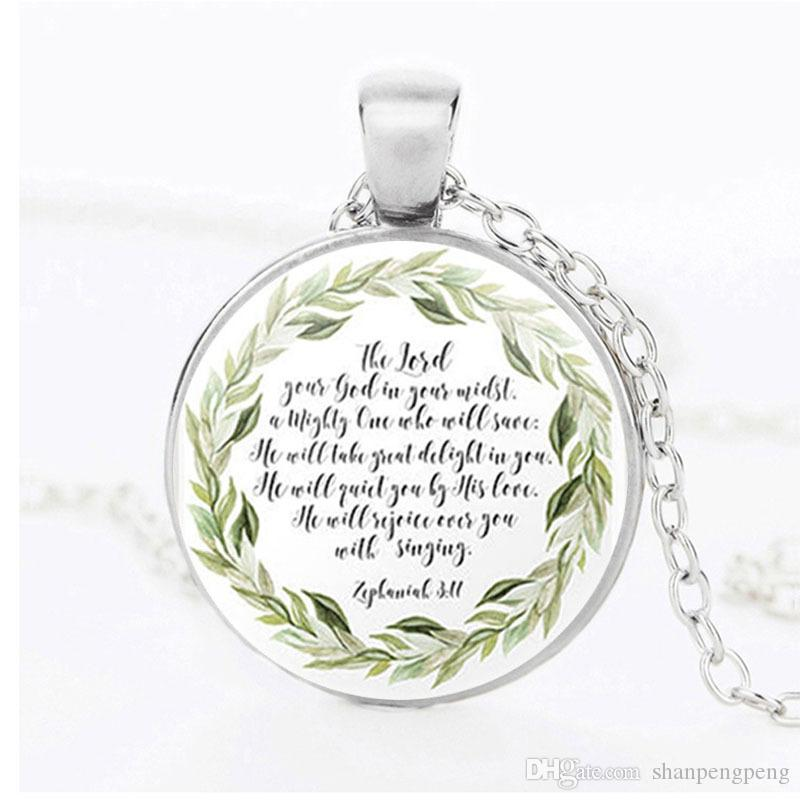 Men and women clothing matching ornaments Christmas Jesus Bible necklace Christian scriptures pattern glass alloy pendant necklace wholesale