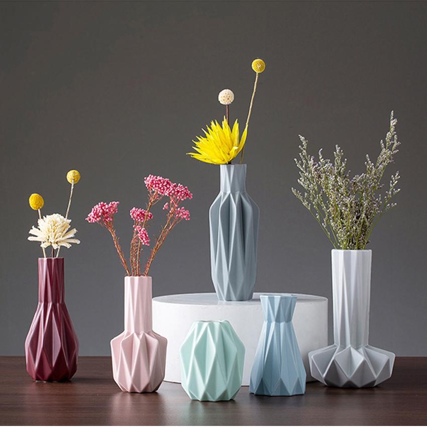 DHgate.com & New Ins hot minimalist ceramic vase Mini Flower vases home decoration accessories Origami flower pot creative wedding gifts