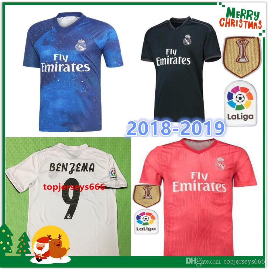 15d6a4669fbce Top Calidad Real Madrid Camisetas De Fútbol 2018 Campeones De La Copa  Mundial De Clubes EA Deportes 18 19 Camiseta De Fútbol De Madrid ISCO  SERGIO RAMOS ...
