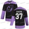 37 Pavel Zacha