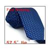 Klasik boyut kravat