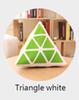 مثلث أبيض