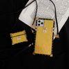 VV logolu altın