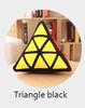 مثلث أسود