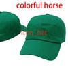Renkli at ile yeşil