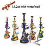 # E # com prego de metal
