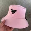 Розово-черный логотип