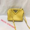 yellow 22cm