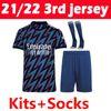 21 22 3. Kits + Socken