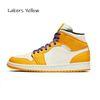 # 12 Lakers Sarı