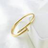 Renk 9 Erkek # 039; S Gold 19cm Taşlı