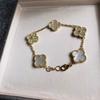 Altın + beyaz (elmaslarla)