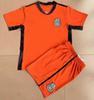GK Orange met les chemises + shorts