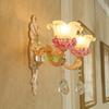 2 ışık duvarı lambası