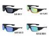 النظارات الشمسية فقط، الصورة