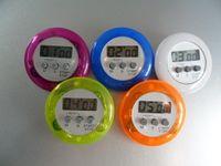 요리 타이머 디지털 알람 주방 타이머 가제트 가제트 미니 귀여운 라운드 LCD 디스플레이 카운트 다운 도구 클립 DHL로 설치된 배터리