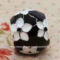 블랙 에나멜 100 % 새로운 925 스털링 실버 신비의 꽃 매력 구슬은 유럽의 보석 팔찌 목걸이에 적합