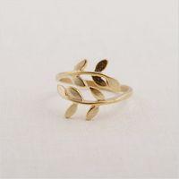 Красивые Кольца Кластера Листьев Уникальное Кольцо для Женщин Позолоченные 18 К Кольцо Регулируемый Дизайн для Sale24