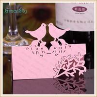 50X FreeShipping Neue Hochzeits-einladung Party Dekorationen Laser Cutting Place Seat Name Karte Schöne Vögel mit Blatt Blume Papier Tisch Dekor