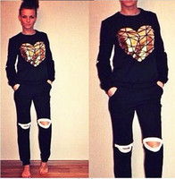 one set woman' s clothing gray sports suit golden heart ...