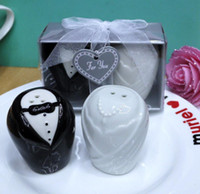 wedding Favour Souvenirs and Party Return Gifts of the bride...