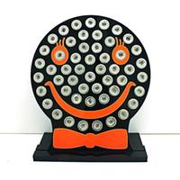 Новое прибытие 12 мм Оснастки кнопки дисплея стенды мода милый улыбающееся лицо черный акриловые взаимозаменяемые ювелирные изделия дисплей доска
