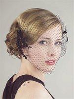Tanie czarne siatki BirdCage Veils 2015 Vintage Koronki Aplikacja Cięcie krawędzi Sexy Veils dla akcesoriów dla nowożeńców EN63011