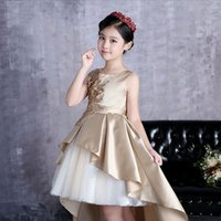 Jewel High Low Satin Appliques Fatto a mano Flower Ruffle Champagne Perle Abiti da cerimonia Flower Girl ABITI